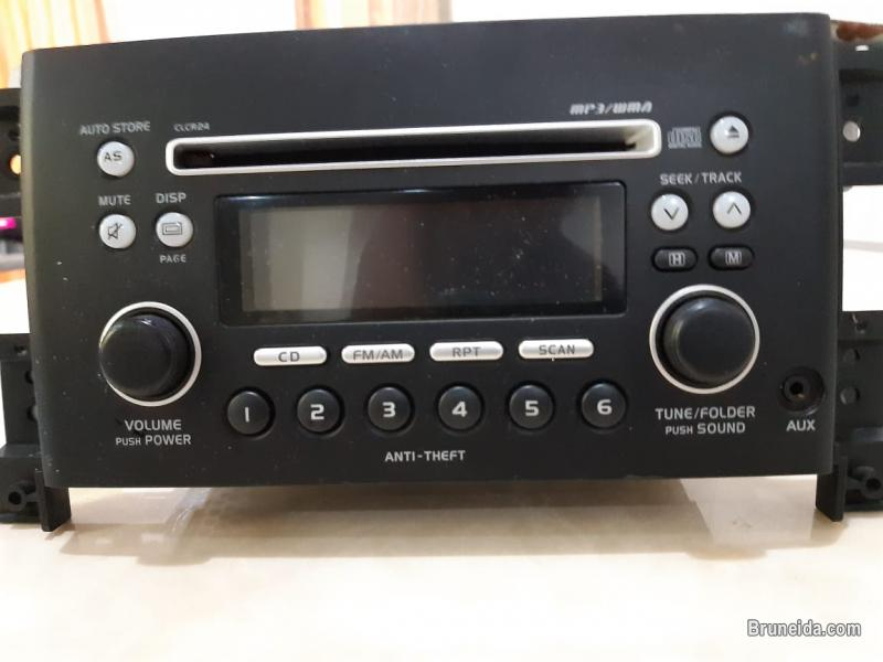 Pictures of Use CD player