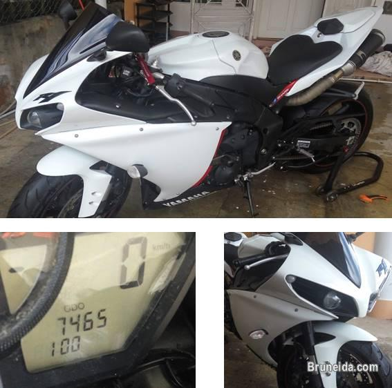 Picture of 2012 YAMAHA R1 FOR SALE