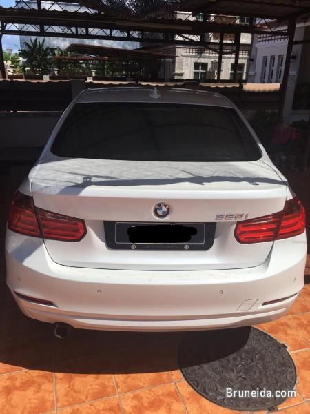 BMW 320i 2. 0cc Auto