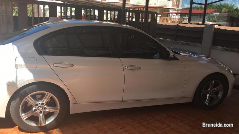 BMW 320i 2. 0cc Auto - image 3