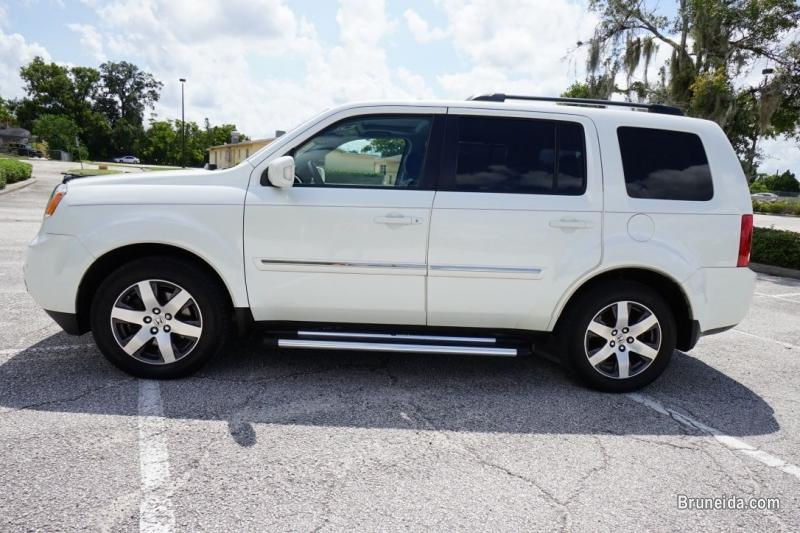 Picture of 2012 Honda Pilot Touring FWD SUV