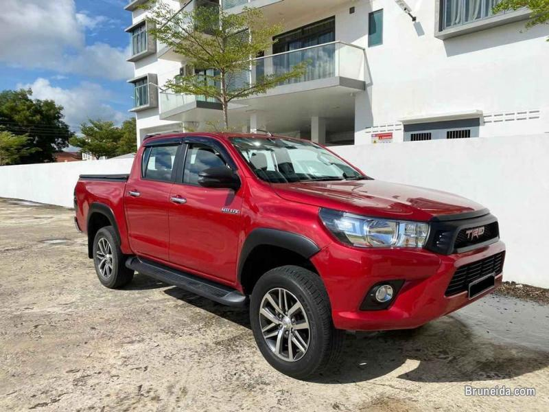 Picture of Toyota Hilux 2. 8 4WD diesel