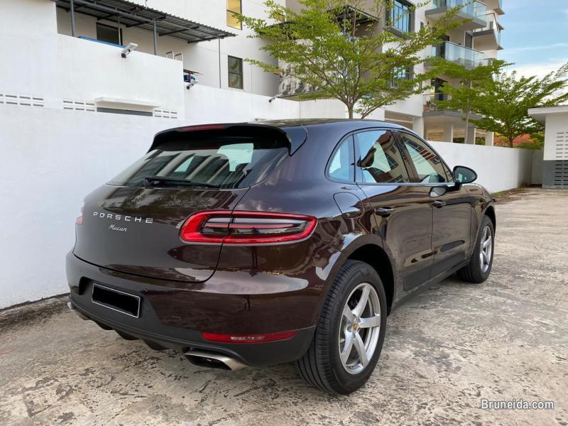 Porsche Macan 2. 0
