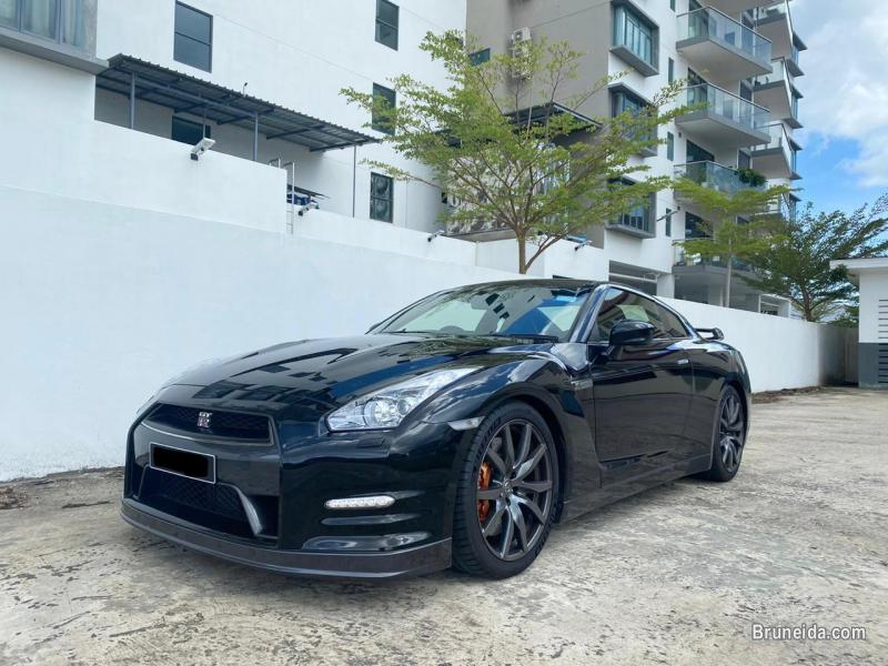 Picture of Nissan GT-R Premium Edition