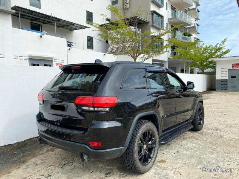Picture of Jeep Grand Cherokee Limited 4X4 V6