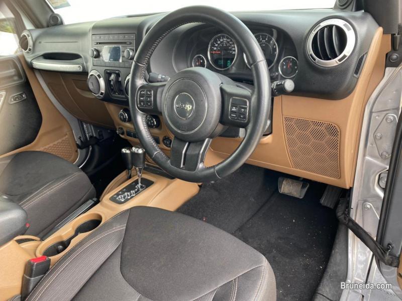 Jeep Wrangler Sahara Unlimited 3. 6 V6 4WD in Belait