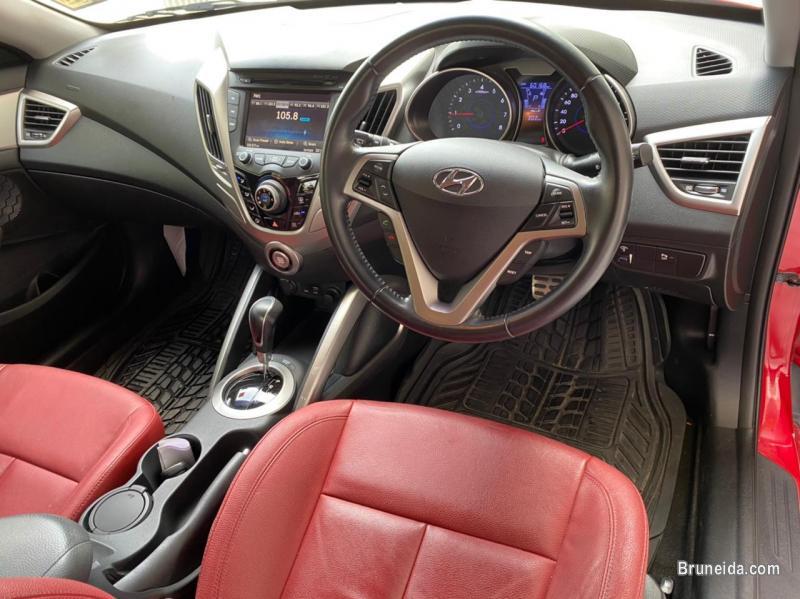 Hyundai Veloster 1. 6 GLS high spec in Belait