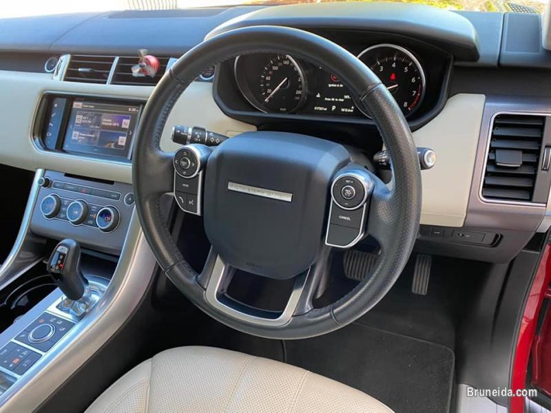 Range Rover Sport 3. 0 V6 S/C HSE in Belait