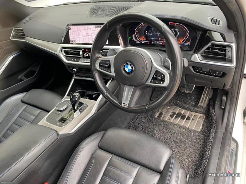 BMW 330i M Sport in Belait