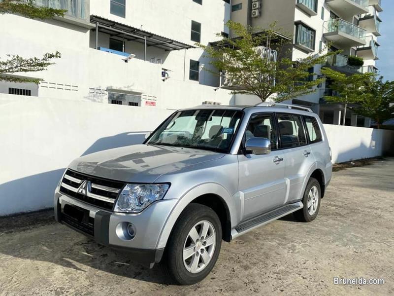 Picture of Mitsubishi Pajero 3. 2L 4WD Diesel