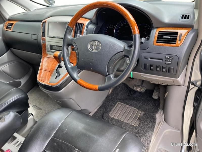 Toyota Alphard 2. 4 8-seater in Belait