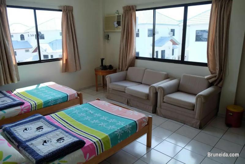 Room 1 close Brunei International Airport is just abt 3. 5km away