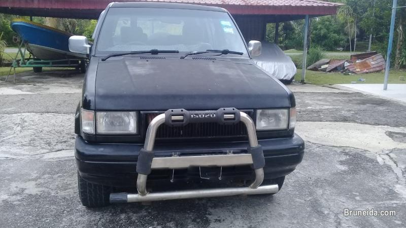 Picture of Isuzu trooper for sale