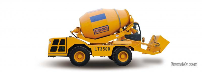 Sell mobile self loading concrete mixer truck