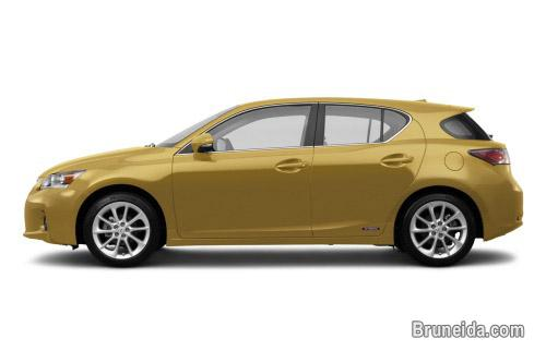 Pictures of Selling Lexus CT200H