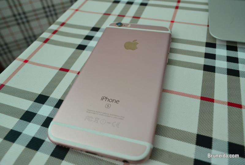 Pictures of ROSE GOLD Iphone 6S