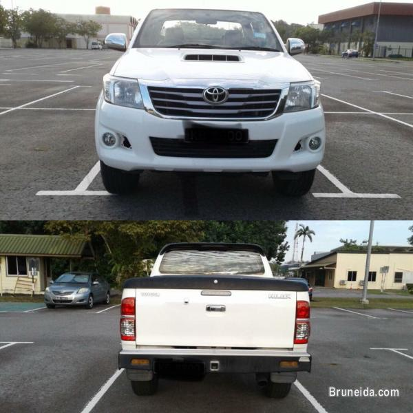 Picture of Toyota Hilux 2013 model
