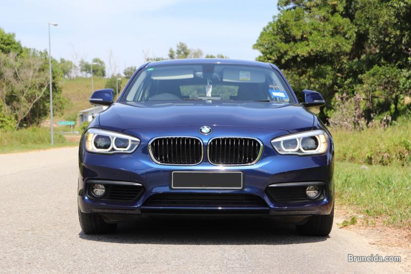 Pictures of Pre-owned BMW 118i for sale
