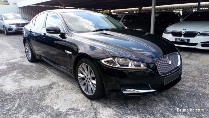 Picture of Pre-owned Jaguar XF 2. 0 for sale