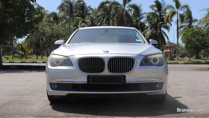 Pictures of Pre-owned BMW 730iL F02 for sale