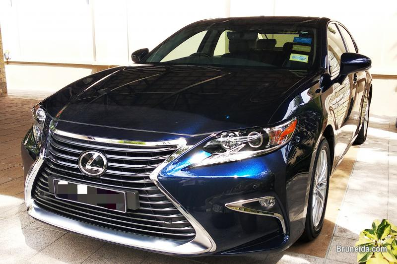 Picture of Pre-owned Lexus ES250 for sale
