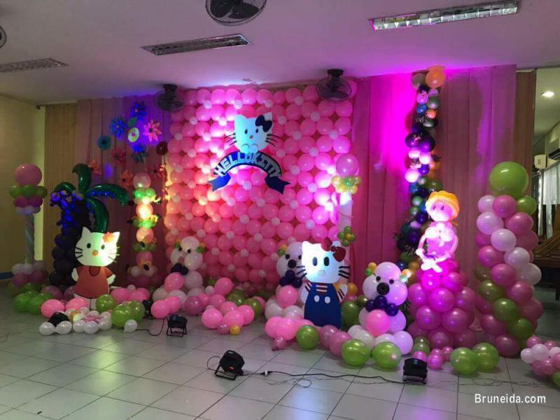 Pictures of Balloon Decor