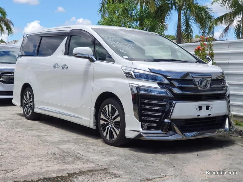 Picture of Toyota Vellfire 3. 5 ZG-Edition Modellista
