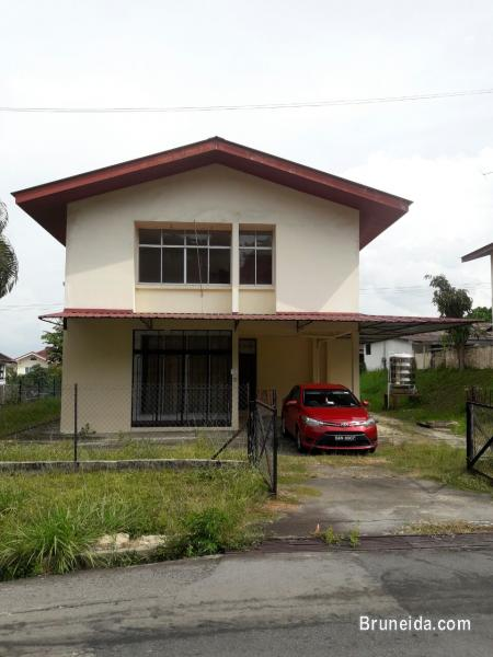 Picture of Double Storey House For Rent