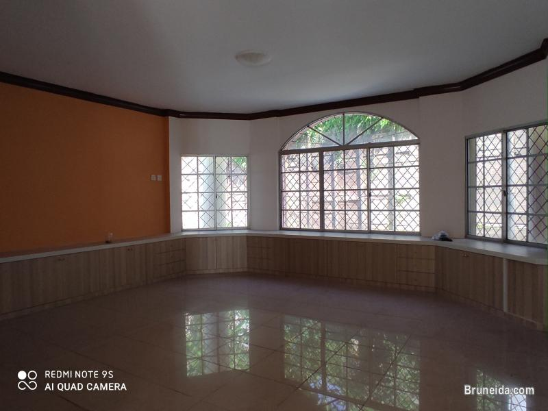 Double Storey Detached house for Rent or Sale in Brunei Muara