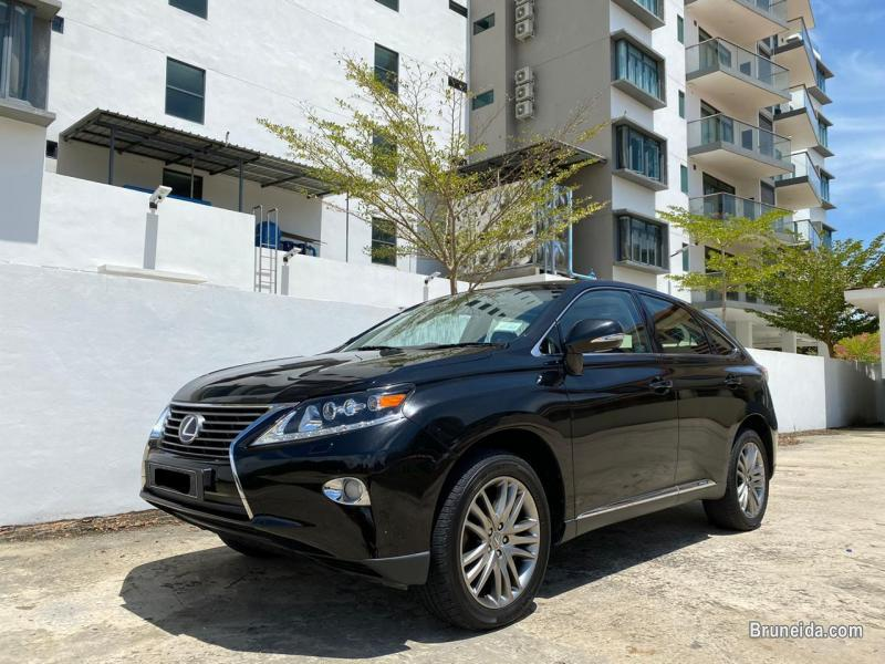 Picture of Lexus RX450H