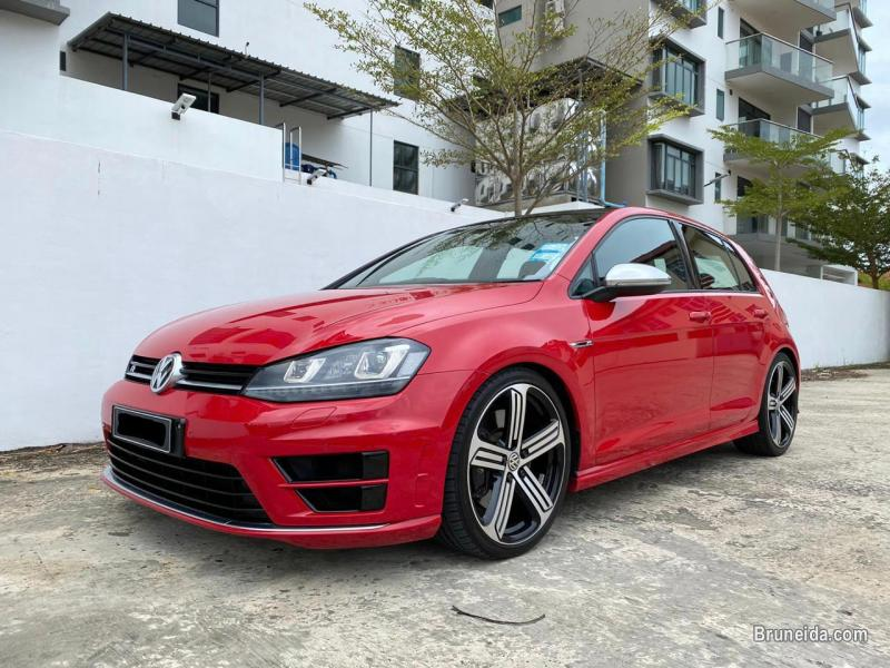 Pictures of Volkswagen Golf R 2. 0 TSI MK7