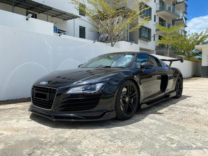 Picture of Audi R8 V8