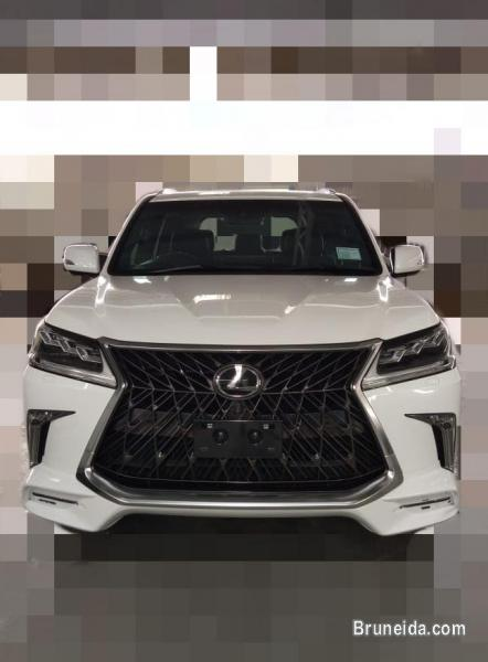 Pictures of Lexus LX450d