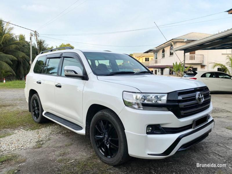 Picture of Toyota Land Cruiser VX Turbo