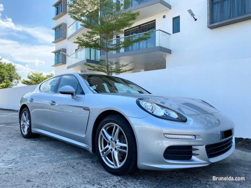 Picture of Porsche Panamera 3. 6 V6