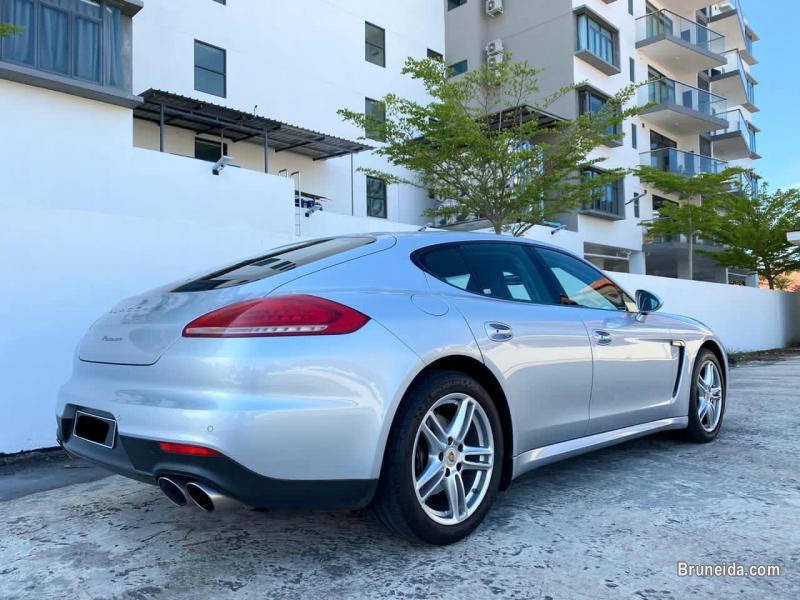 Porsche Panamera 3. 6 V6