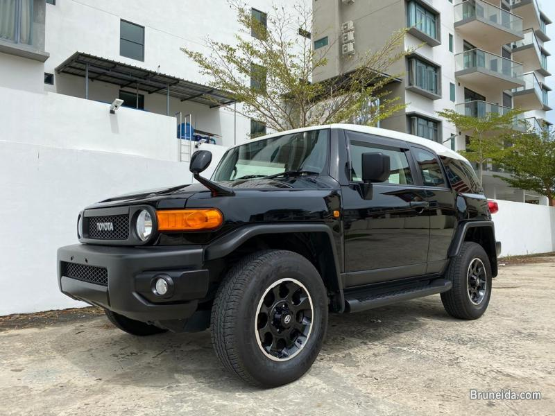 Pictures of FJ CRUISER 4. 0 cc