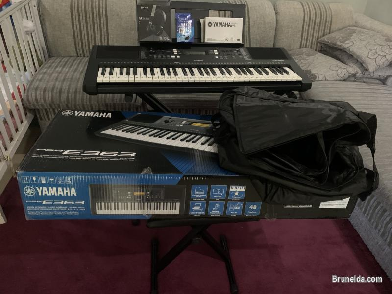 Pictures of Yamaha E363 Keyboard with accessories $280