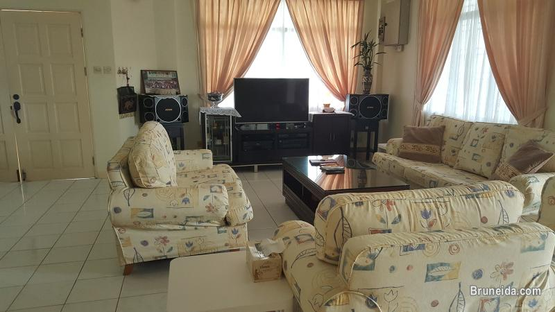 Corner Terrace House in Subok For Sale - image 11