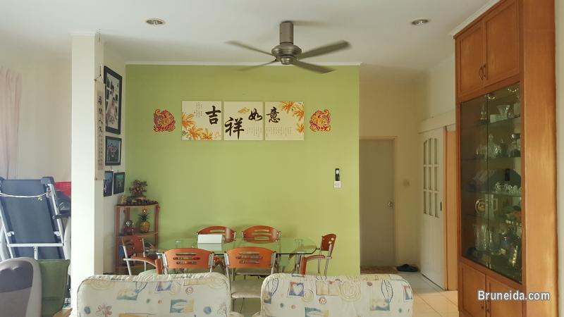 Corner Terrace House in Subok For Sale - image 12