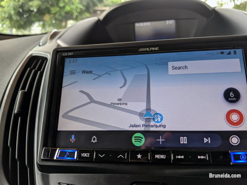 Picture of Alpine iLX-207 7 Inch Headunit