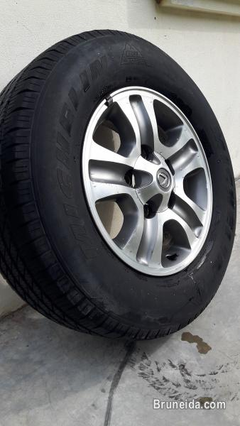 Picture of Used Sport Rims/tyres/Front Lamps For Sale