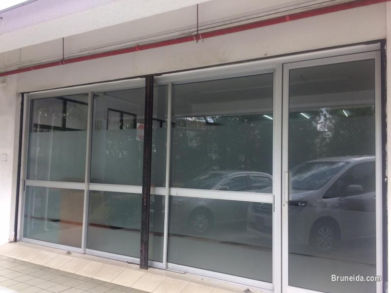 Picture of GROUND FLOOR CORNER SHOPHOUSE for RENT!