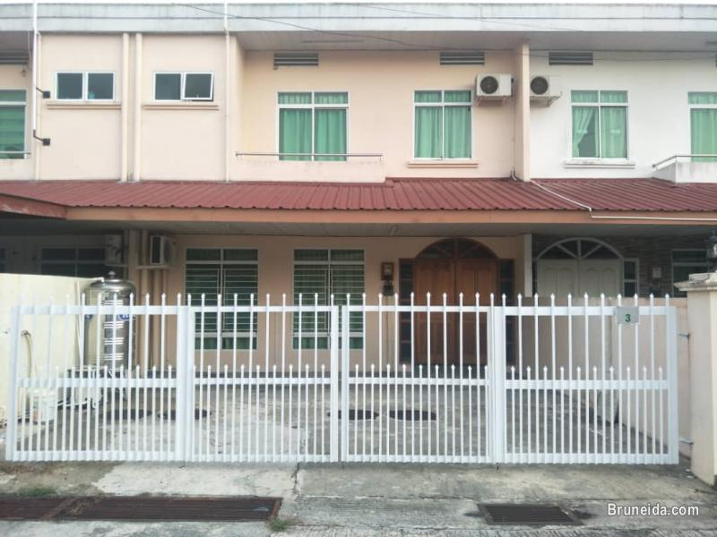 FF Terrace house for Rent Tungku in Brunei