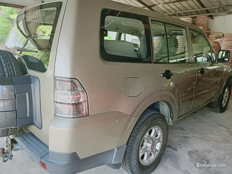 Mitsubishi Pajero for sale in Brunei Muara