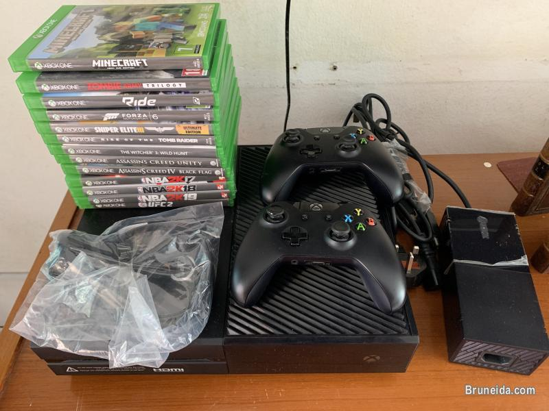 Picture of XBOX ONE for sale w/ two controllers and 13 games