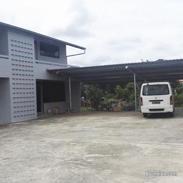 NEWLY RENOVATED DETACHED HOUSE FOR RENT