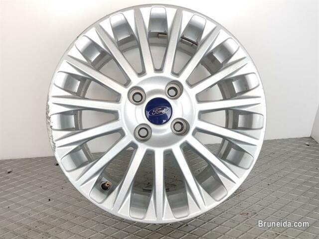 Picture of Looking for original Ford Fiesta 16'' rims