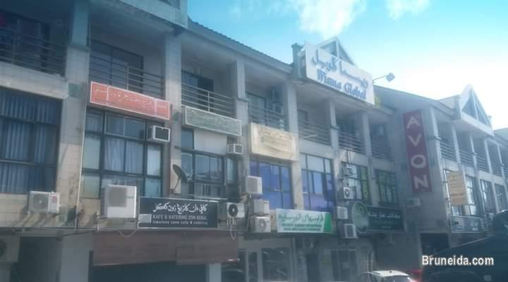 Picture of Kiulap shop house