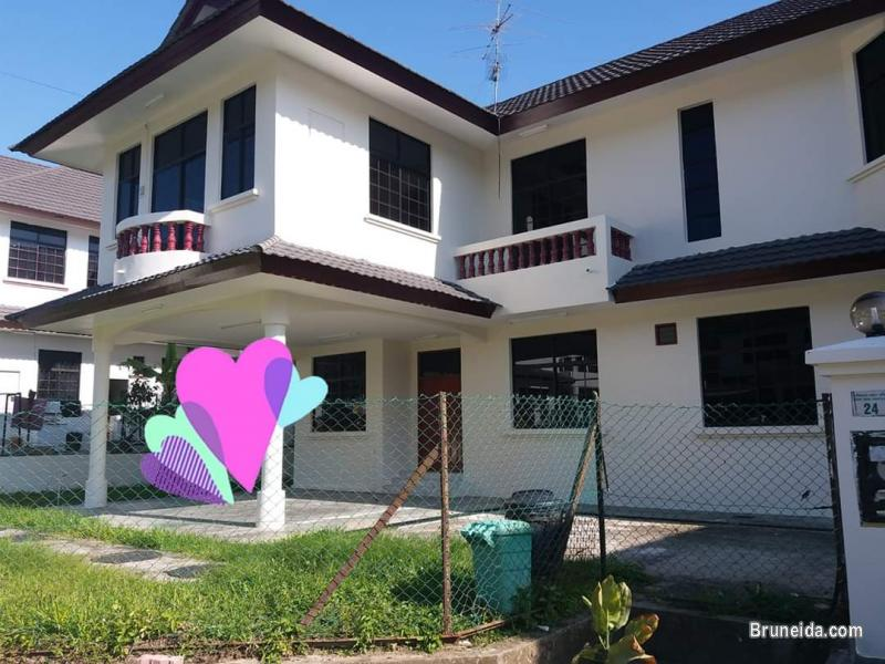 Pictures of Tungku detached house for rent $1000